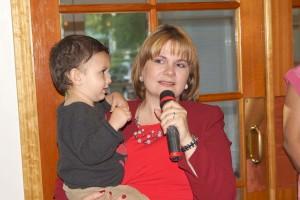 La Pastora Tina Floyd encomió la destacada labor que desempeñan los esposos y Pastores  Luigi y Graciela Boria.