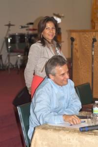 El Pastor y ahora Alcalde de El Doral, Luigi Boria con su esposa Graciela Boria.