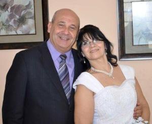 Obispo Ricardo Pereira y su esposa Maritza. El Ministro cristiano predicará el sábado 22 a las 8pm.