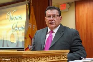 Pastor Moisés Gil