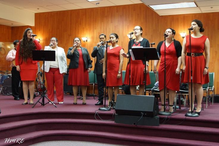 Integrantes del Coro de MEBPI que se presentaron el Viernes Santo en la iglesia cuya dirección es: 8000 North West #100, 25 Street, Doral, FL. 33122