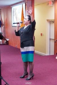 Toda una maestra del canto es la hermana Thamara Sánchez.