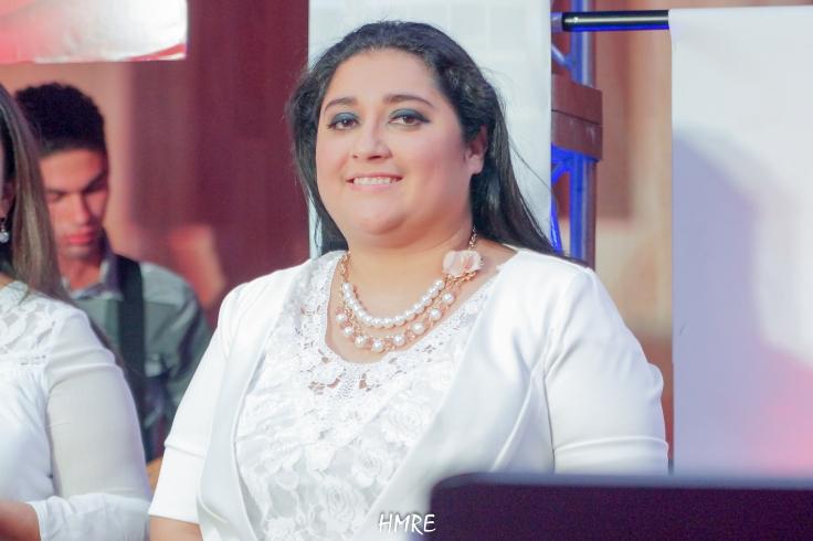 La Directora del Coro de MEBPI, Eslinda Fernández tuvo una gran responsabilidad al organizar el concierto. Todo salió como ella deseaba.