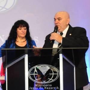El Obispo argentino Aníbal Arias y su esposa Profeta Doris Arias confirmaron su presencia en el XXVII Congreso de MEBPI. (Foto Cortesía).